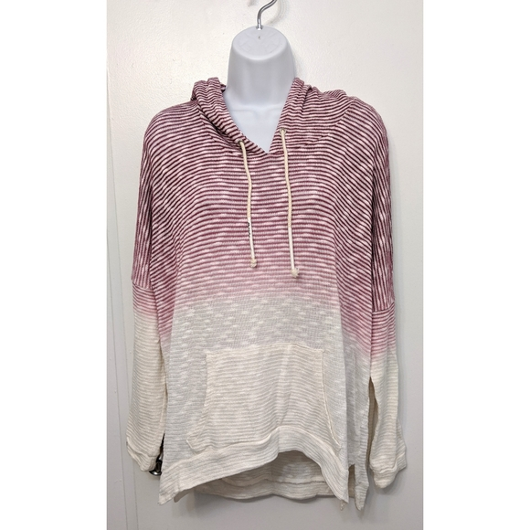 Titika oversized ombre lightwt sweater size m/L